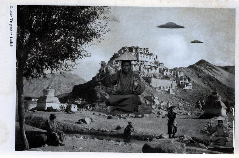 Tibet Kloster fliegender Moench